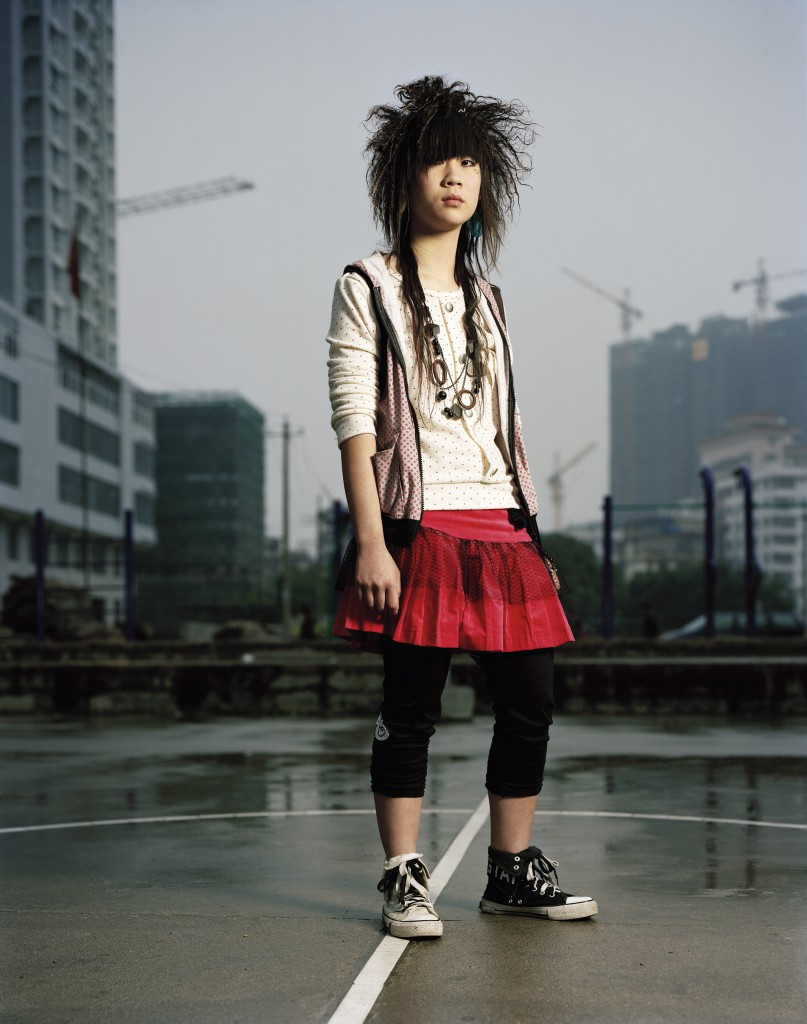 Zhang Wenzhu (18) xxx Sales person in fashion shop Anxi, Fujian
