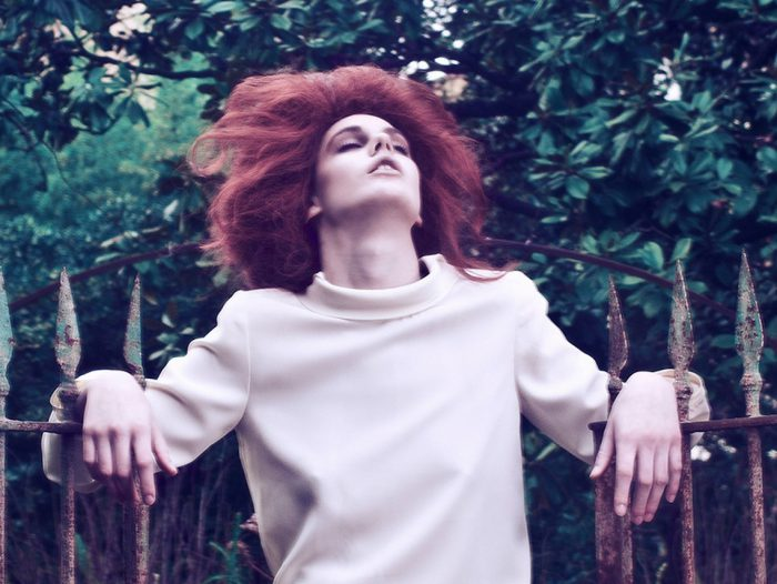 Trentacinque: fotografia contemporanea di moda