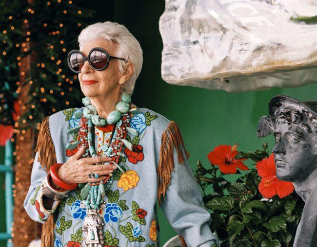 Iris Apfel, il ritratto di una icona
