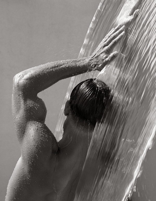 Herb-Ritts,-Waterfall-IV,-Hollywood-1988