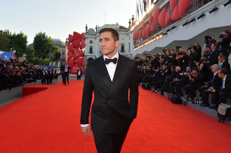 10-Red_Carpet-Nocturnal_Animals_Jake-Gyllenhaal©ASAC-la-Biennale-di-Venezia