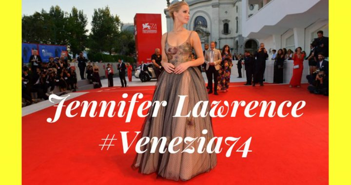 Jennifer Lawrence in Dior sul red carpet di Venezia 74